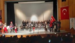 'Al Bayrağın Türküleri'
