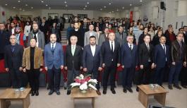 """ERÜ'de """"4. Veteriner Eğitim, Bilim ve Araştırma Kongresi"""" Başladı"""