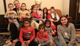 Kocasinan'ın gönül yolcuları, özel çocukların yüreklerine dokunuyor
