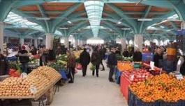 Melikgazi belediyesi, standı kapatılan pazar esnafından işgaliye almayacak