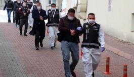 Suç örgütü operasyonunda gözaltına alınan 8 kişi adliyede