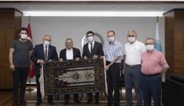 Büyükkılıç, Yahyalı Kaymakamı ve Belediye Başkanı ile birlikte Yahyalı Meclis Üyelerini kabul etti