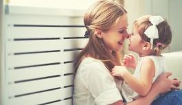 Sağlıklı vücut, gülümseme, bebeklerin ağız hijyeni,  dişleri fırçalamanın en iyi yolu