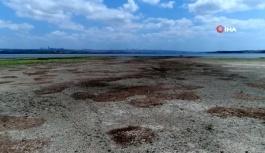 Su kaynaklarından biri olan gölün su seviyesi yüzde 30'a kadar düştü