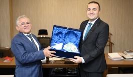 Başkan Büyükkılıç'tan TRT'ye Hayırlı Olsun Ziyareti
