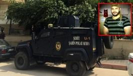 Özel harekat polisi evinde ölü bulundu