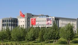 """ERÜ'den 17 Öğretim Üyesi 2019 """"En..."""