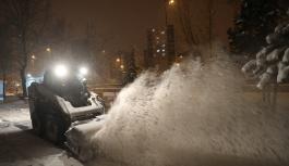 Kocasinan'da kar mesaisi sürüyor